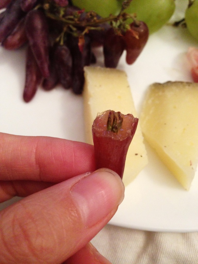 witch finger grapes 6